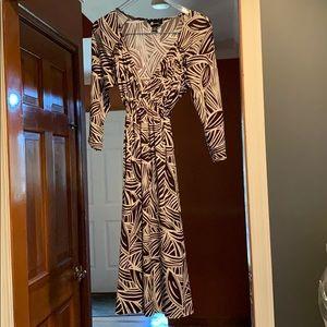 Medium brown and white dress